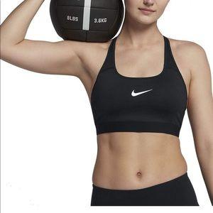 NWT Nike Classic Strappy Sports Bra